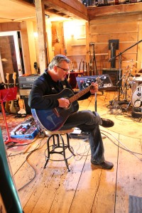 http://indiemusicpeople.com/Uploads/The_Rhythm_Kings_-_Rhythm-Kings-Tracking-15-200x300.jpg