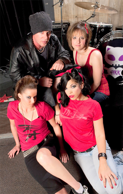 http://indiemusicpeople.com/uploads/62441_2_20_2010_9_47_03_PM_-_Hear-Kitty-Kitty-Band-Pic-W.jpg