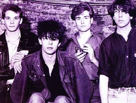 http://indiemusicpeople.com/uploads2/17965_2_15_2009_4_00_11_PM_-_echo-and-the-bunnymen.jpg