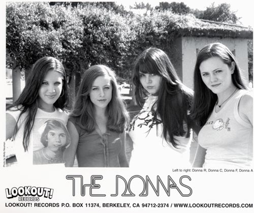 http://indiemusicpeople.com/uploads2/80875_11_25_2007_3_42_42_PM_-_the-donnas-03-screen.jpg