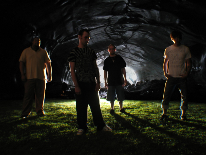 http://indiemusicpeople.com/uploads2/Fountain_Infinity_-_FI08Cave.jpg